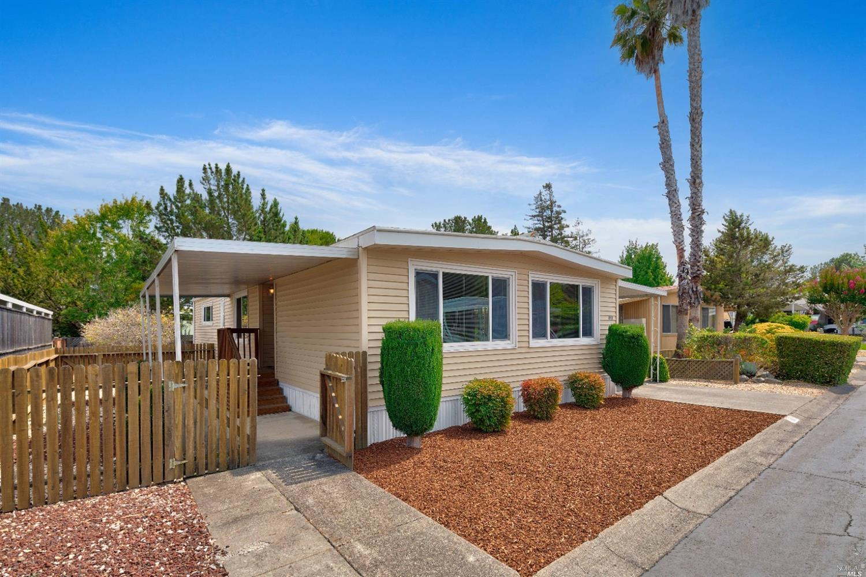 219 W Seven Flags Circle, Sonoma CA 95476