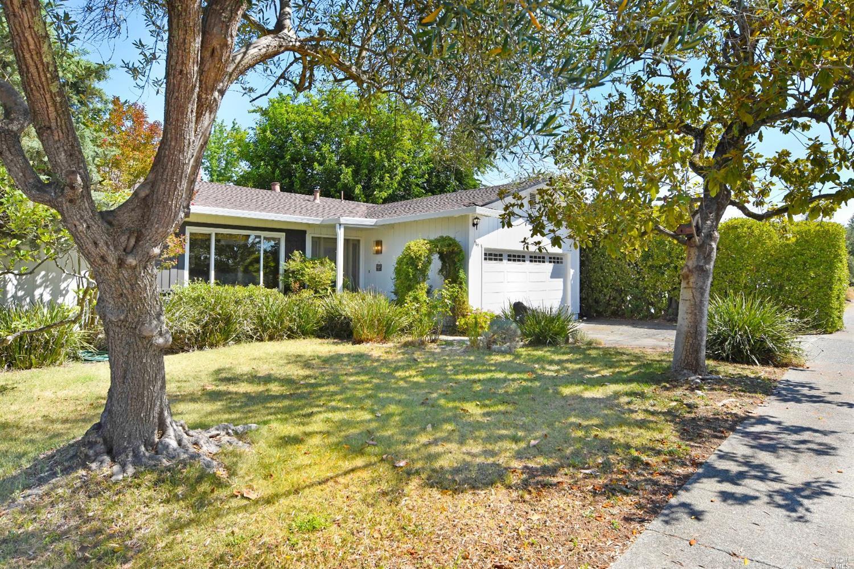 969 Madison Drive, Sonoma CA 95476