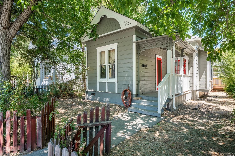 469 N School Street, Ukiah, CA 95482