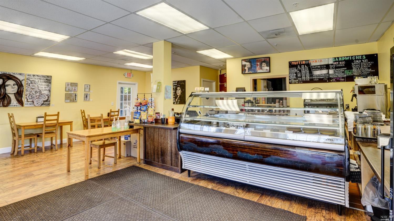Listing 321078494 : 2  Bayview Street, San Rafael, CA, 94901  (photo 3)