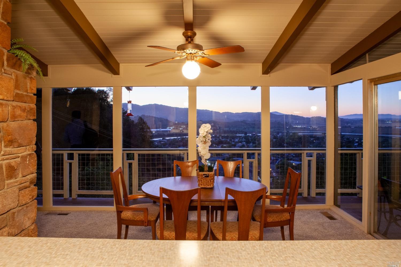 58 Sunny Oaks Dr, San Rafael, CA 94903-3083