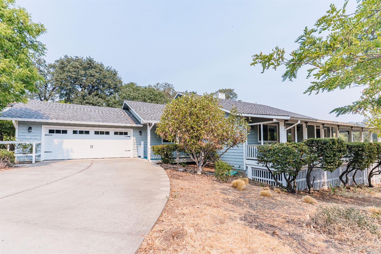 1381 Ridgeview Drive, Ukiah, CA 95482