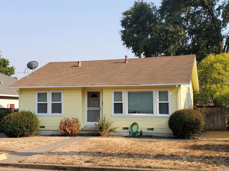 51 N Court Road, Ukiah, CA 95482