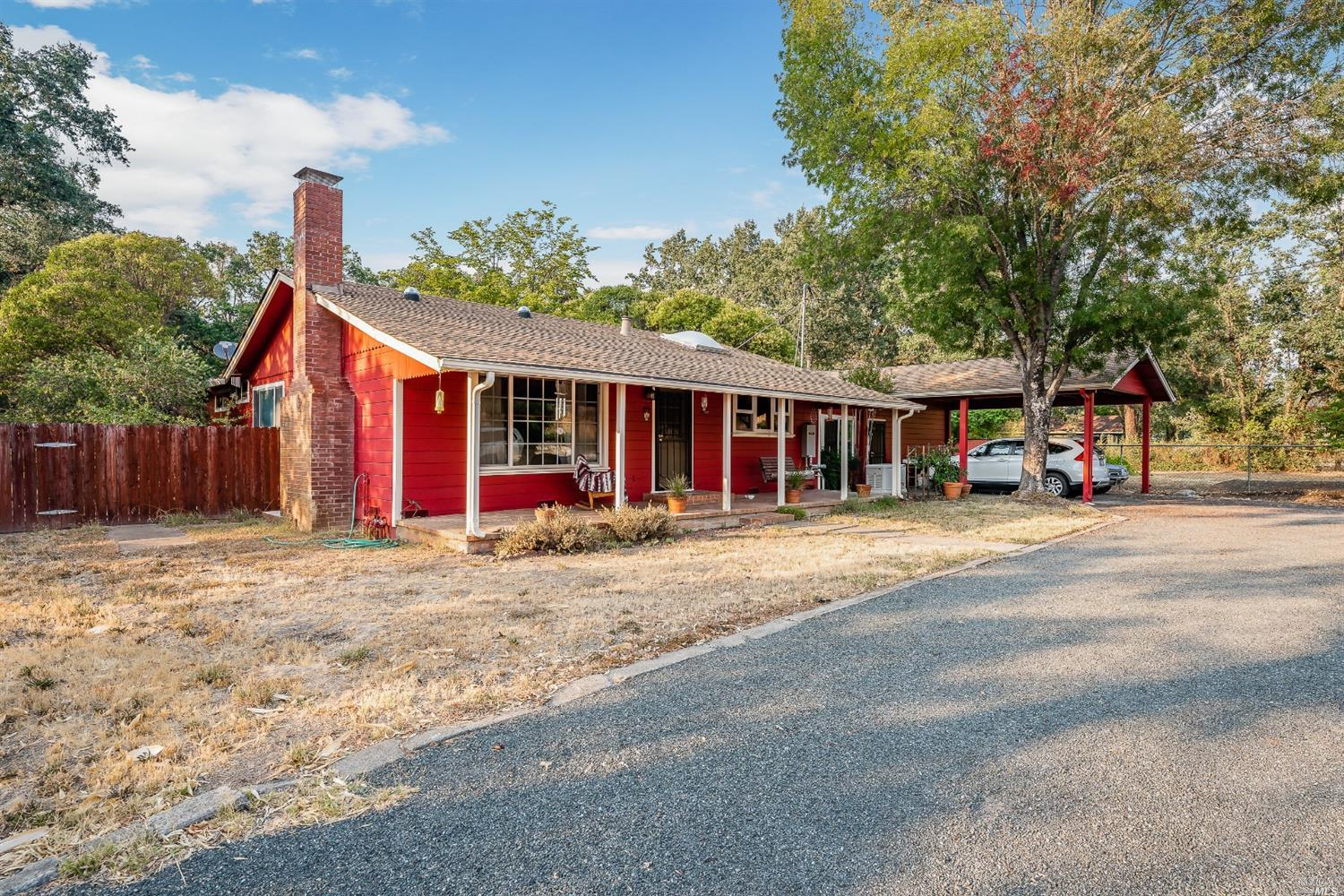 8500 E Side Potter Valley Road, Potter Valley, CA 95469