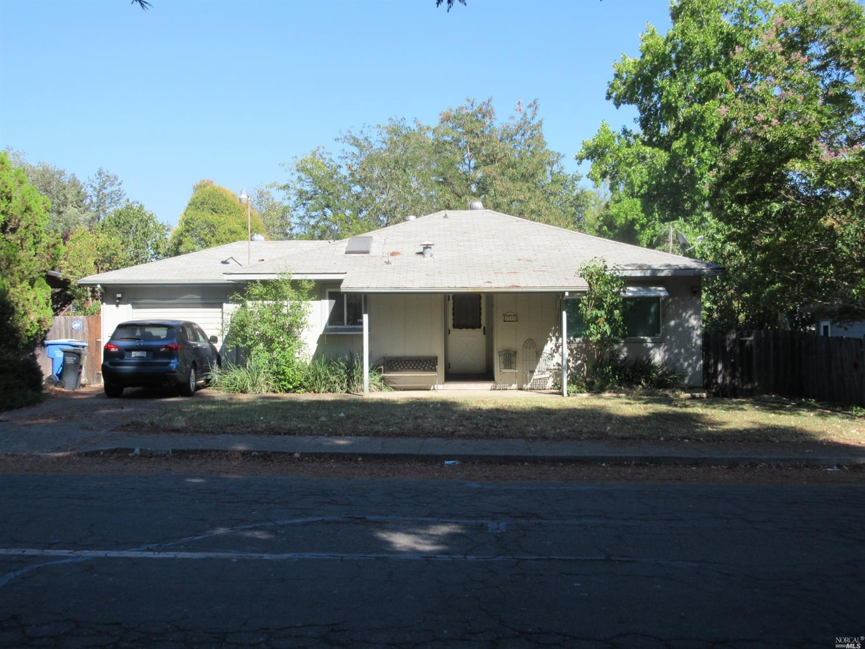 1215 Elm Street, Ukiah, CA 95482