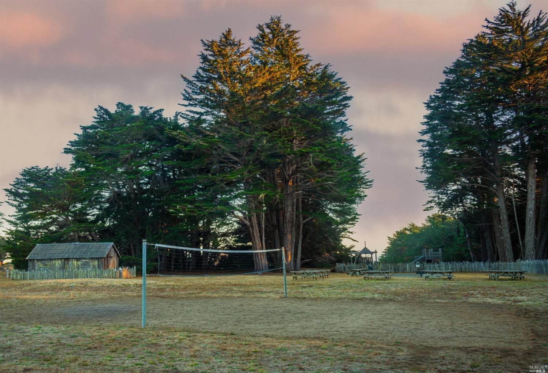 Listing 321084663 : 39390  Leeward Road, The Sea Ranch, CA, 95497  (photo 9)