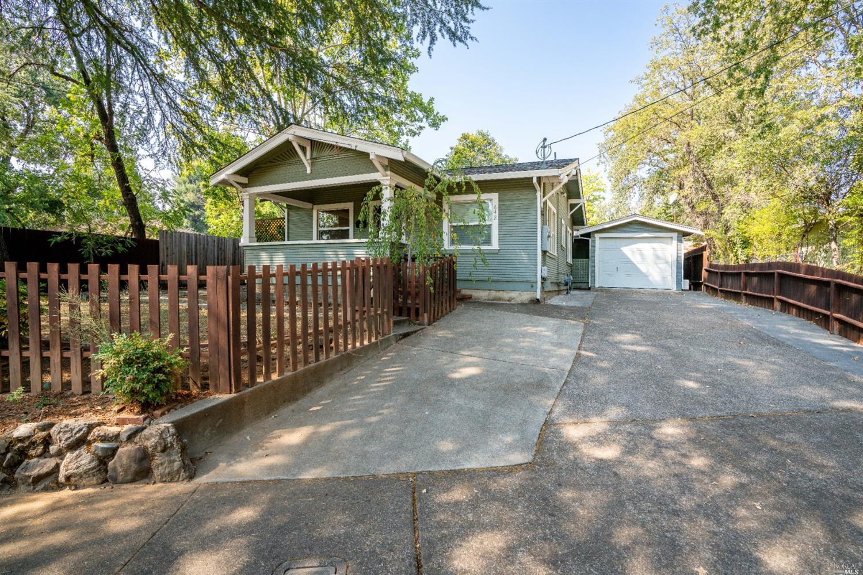 642 Dora Avenue, Ukiah, CA 95482