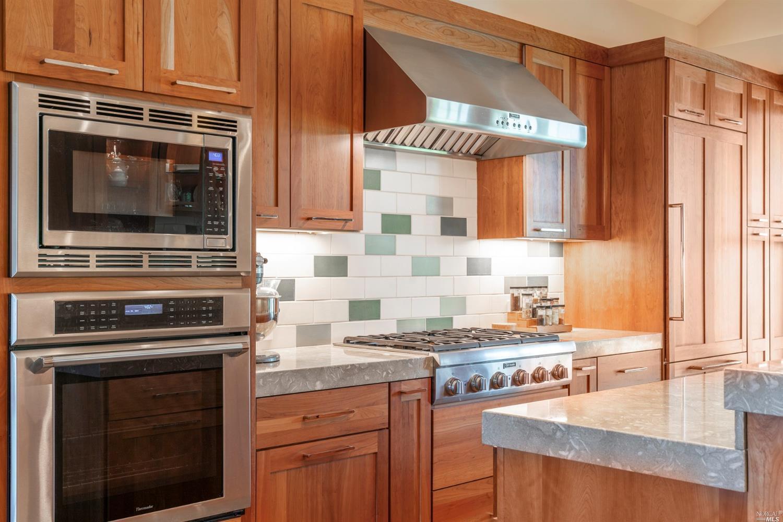 Listing 321088482 : 331  Plaza Street, Healdsburg, CA, 95448  (photo 10)