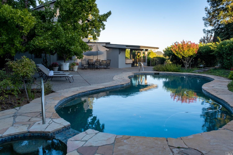 Listing 321089337 : 3875  W Dry Creek Road, Healdsburg, CA, 95448  (photo 6)