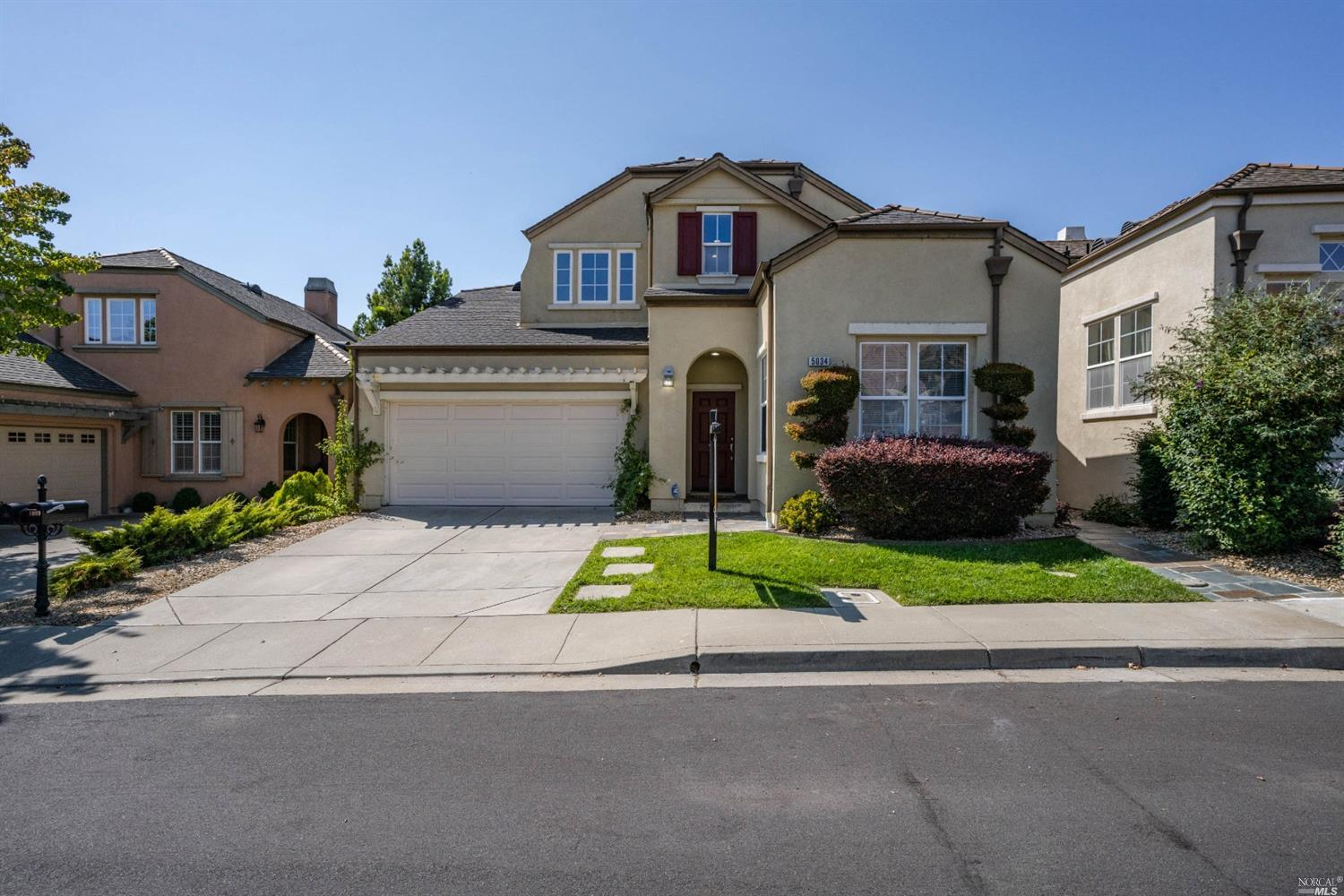 Beautiful home in the desirable golfing community of Hiddenbrooke. New Carpet, paint and appliances.