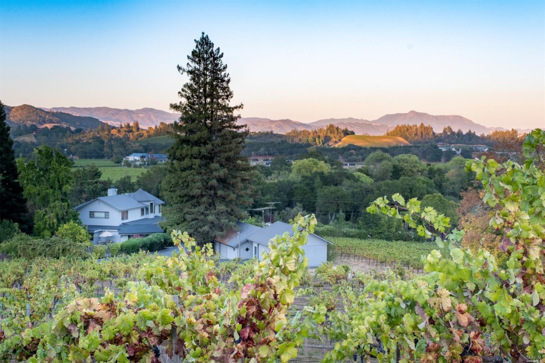 Listing 321089337 : 3875  W Dry Creek Road, Healdsburg, CA, 95448  (photo 2)