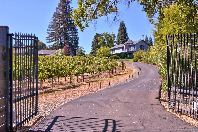 Listing 321089337 : 3875  W Dry Creek Road, Healdsburg, CA, 95448  (photo 10)