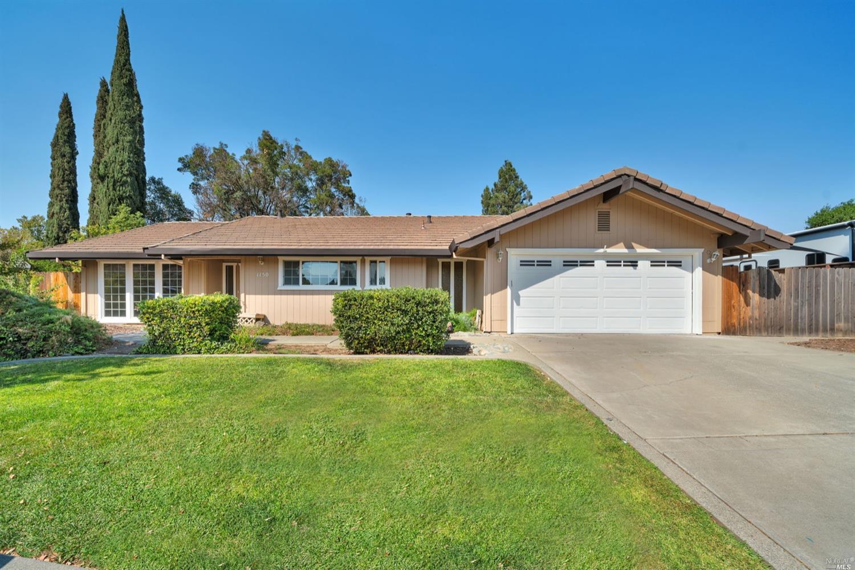 1150 Mulberry Ln, Dixon, CA, 95620