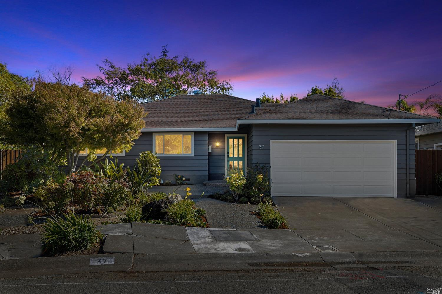 37 Flying Cloud Course, Corte Madera, CA 94925