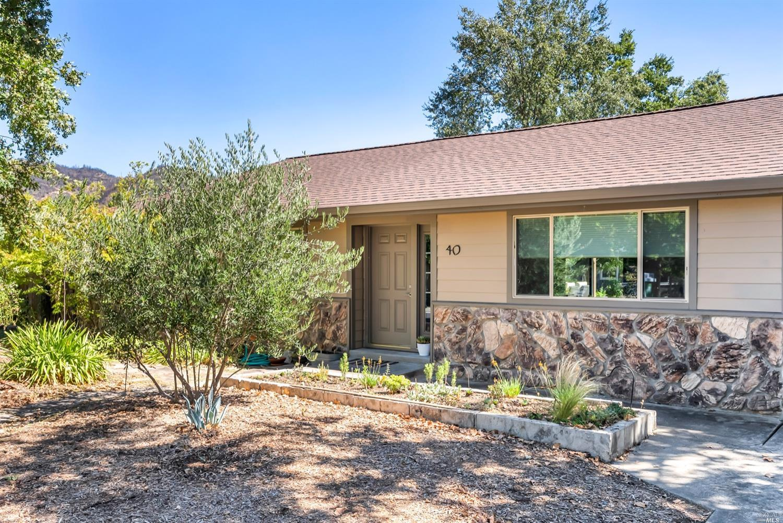 40 View Road, Calistoga CA 94515