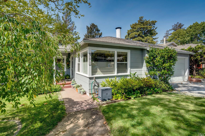 101 Davis Avenue, Napa CA 94559