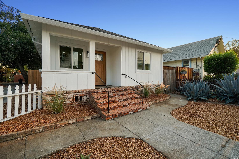 1247 Eggleston Street, Napa CA 94559