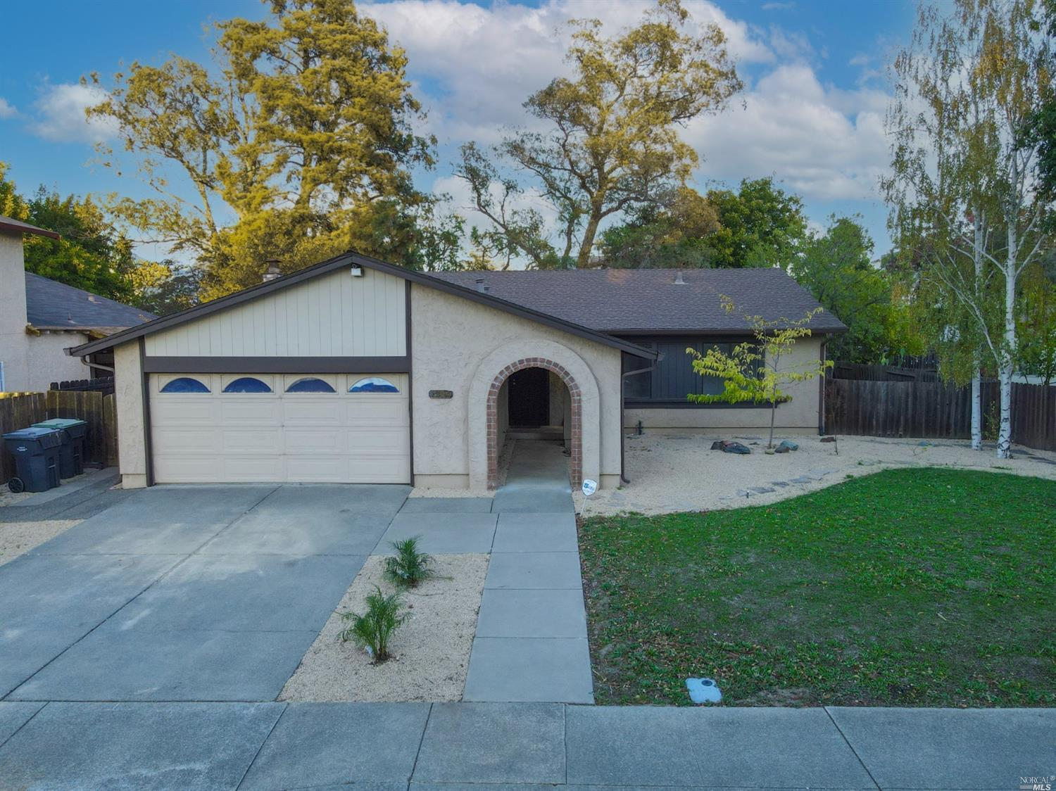 Open the front door and say WOW!  Enter into a Open floor plan .  New kitchen just remodeled,  New l