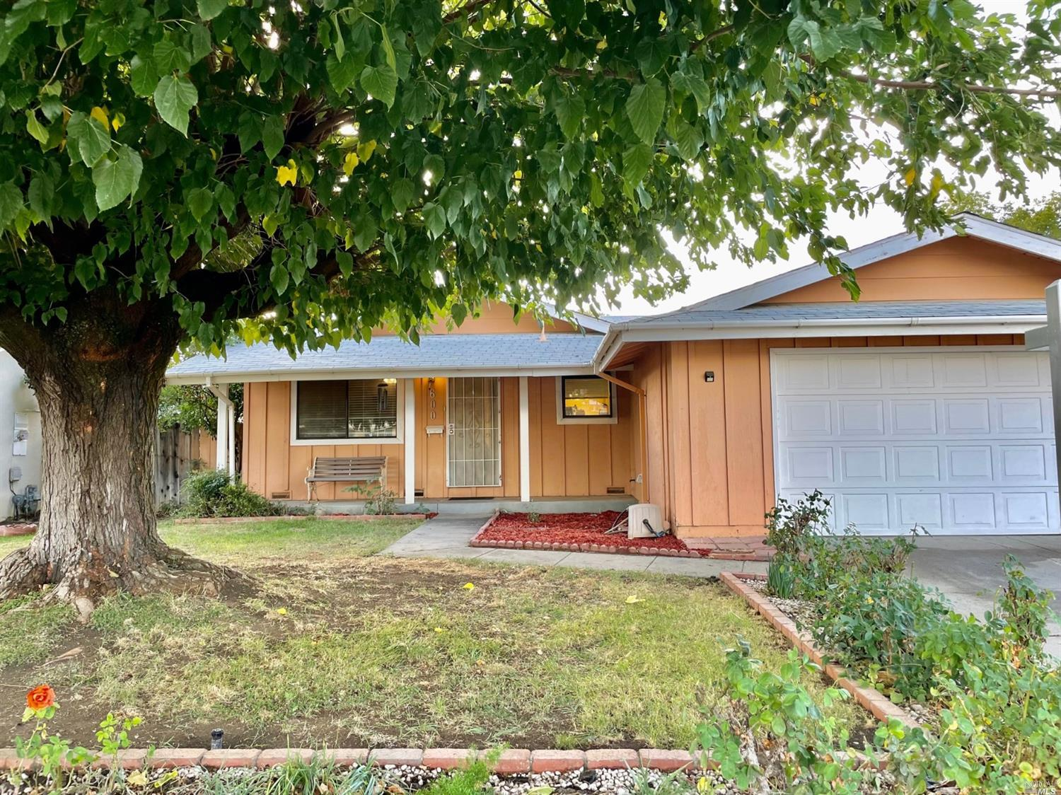 Possibilities are endless with this 3 bedroom, 2 full bathroom home located on a spacious sized lot.