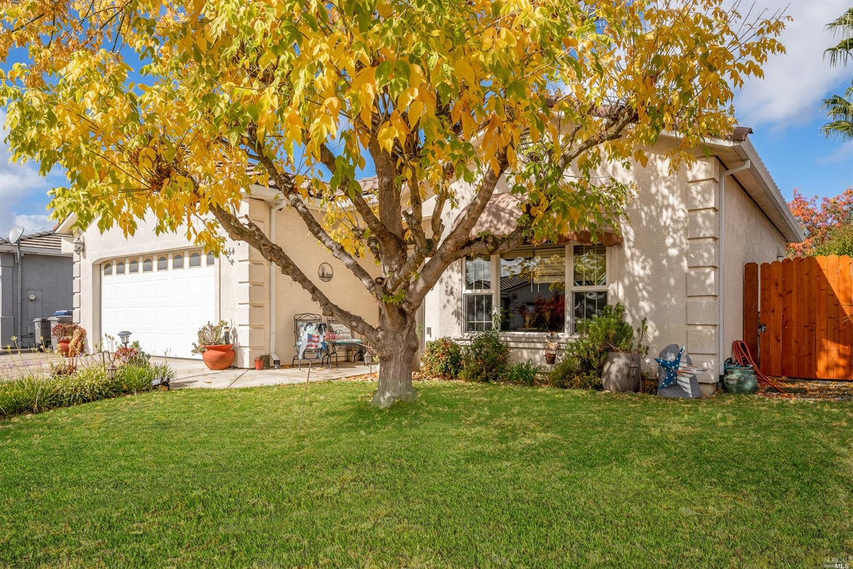 464 Briarwood Drive, Ukiah, CA 95482